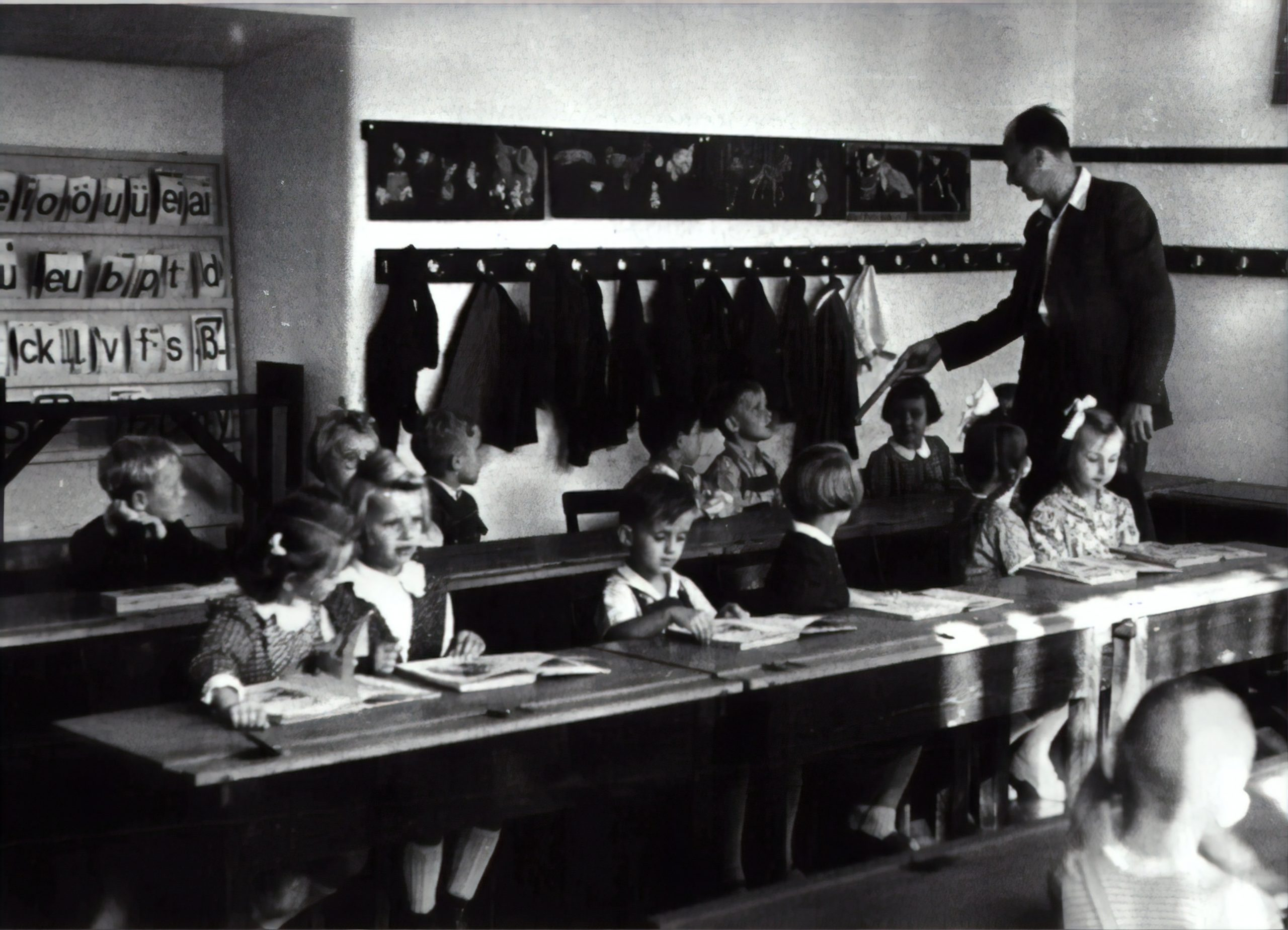 kids in a class room