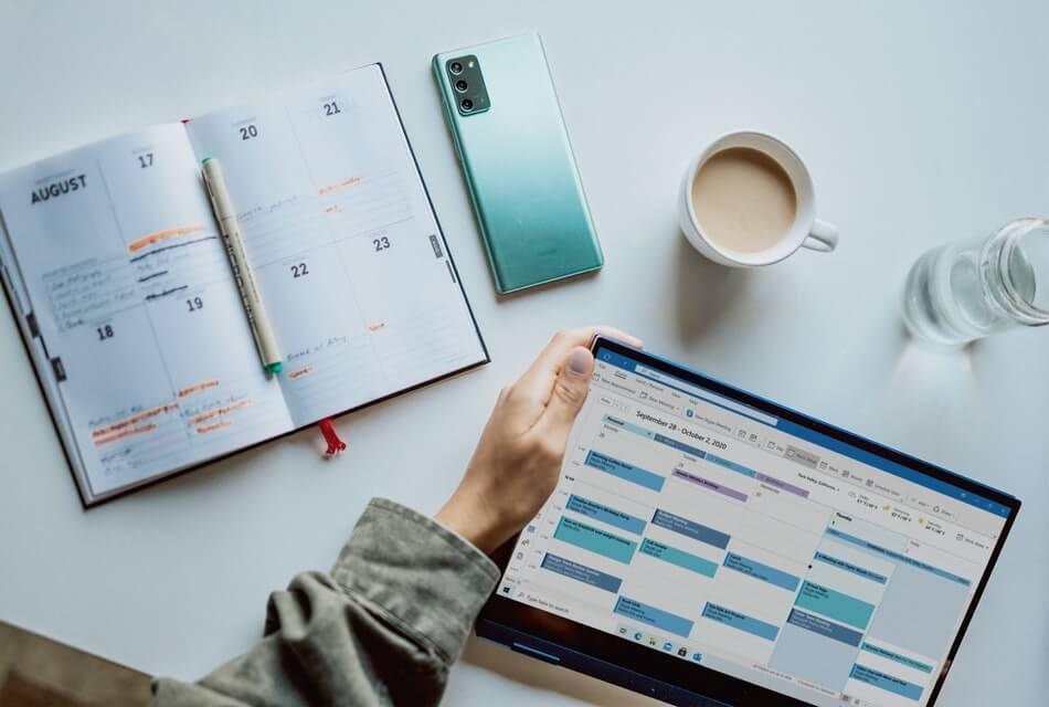 how the facebook algorithm works - start a facebook posting calendar