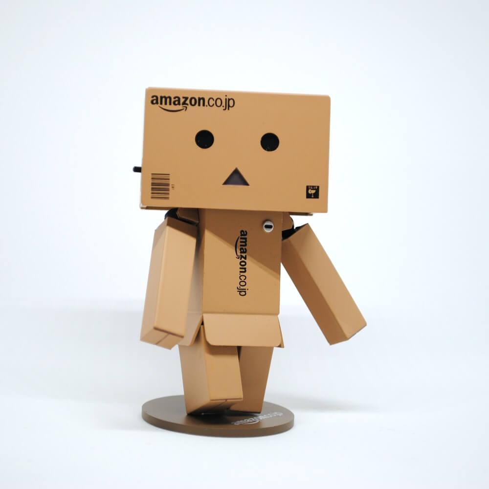 amazon balck friday cyber monday marketing cardboard robot