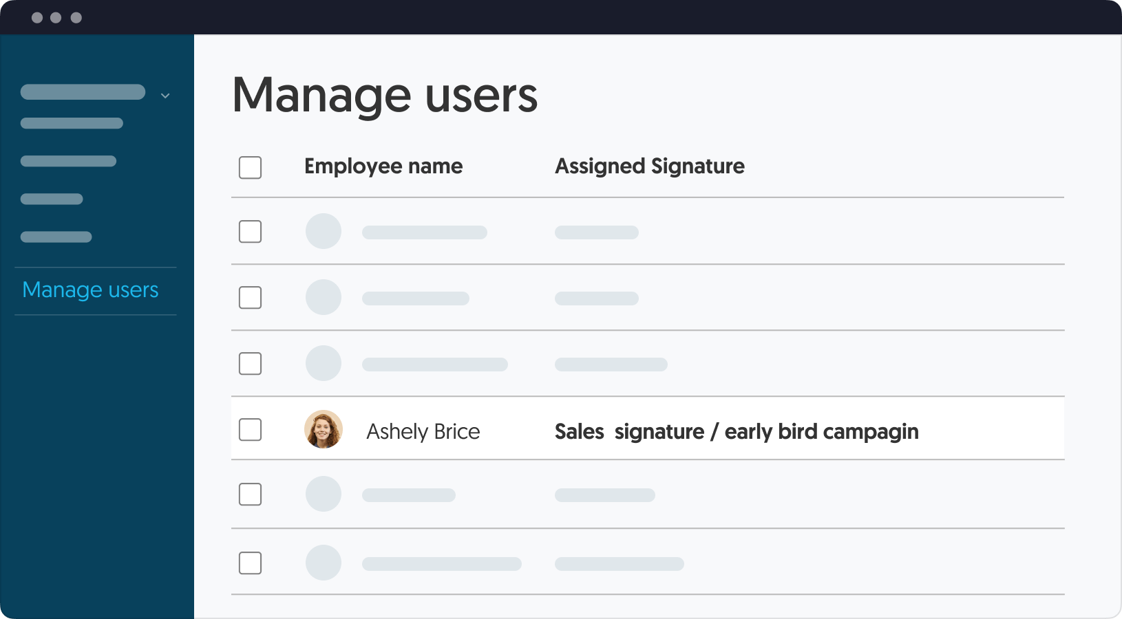 Manage a global company signature from a single dashboard