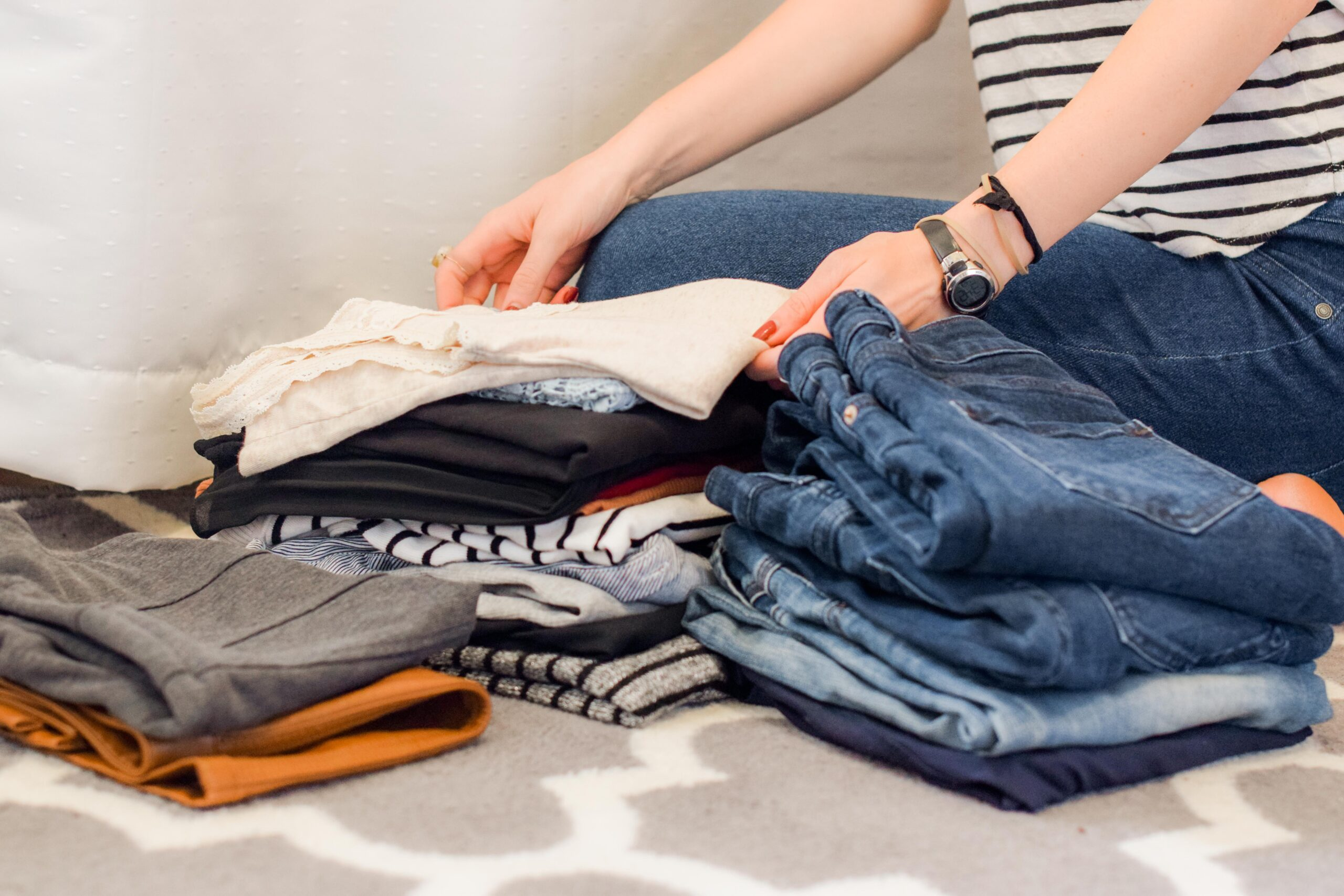You could make up to $500 a week doing someone else's laundry at home-min (1)